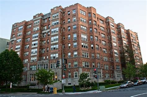washington dc appartments dc apartment deal of the day van ness studio apartminty