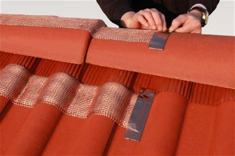 kupfer gegen moos montageanleitung moosfree 174 firstband f 252 r dach entmoosung
