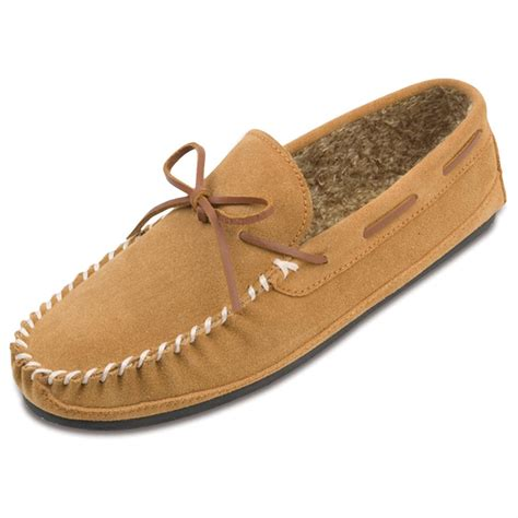 moccasin slippers s minnetonka moccasin 174 pile lined casey slippers