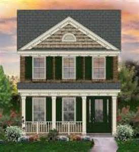 653437 2 Story Traditional Narrow Lot House Plan