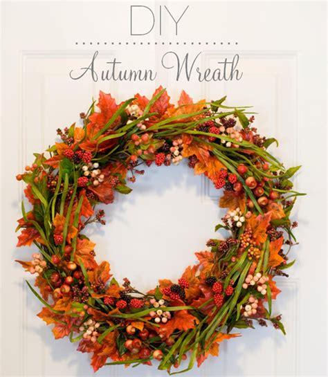 Halloween Wreath diy come realizzare una ghirlanda autunnale per decorare