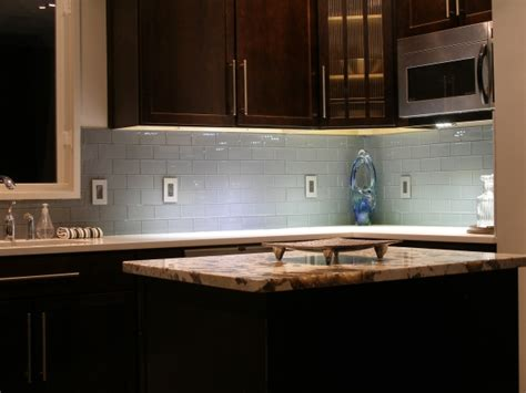 4 benefits of metal tile backsplash