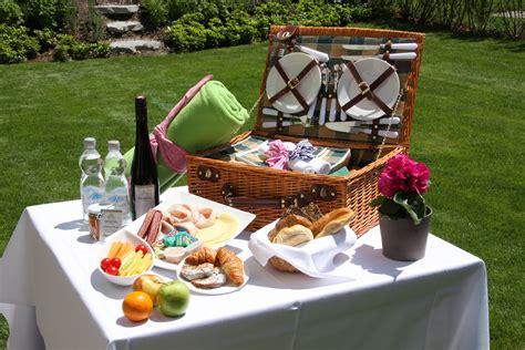 Der Perfekte Picknickkorb by Sch 246 Ne Picknickpl 228 Tze F 252 R Diesen Sommer Dinnerscout