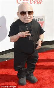 Who Played Mini Me In Powers Eliza Dushku Doesn T Score A Win At Streamy Awards But