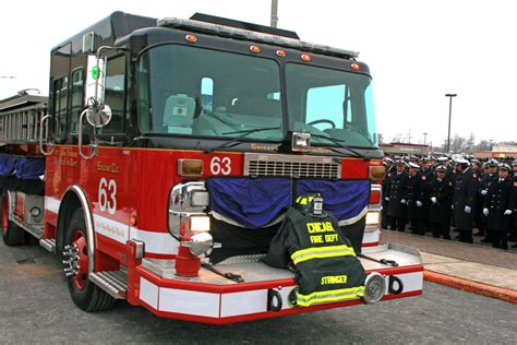 firefighters pay their respect to cfd ff edward stringer