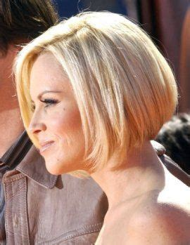 wedge haircuts for thick hair 17 best ideas about short wedge haircut on pinterest