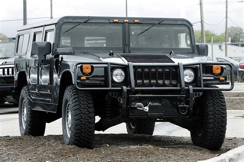 hummer h1 history of model photo gallery and list of