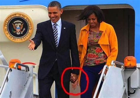 imagenes comicas de obama 70 worst photoshop mistakes in magazines ads part ii