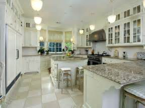 Kitchen Cabinet Countertops by Kimboleeey White Kitchen Cabinets With Granite