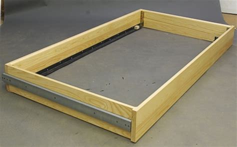 how to make a trundle bed trundle bed construction wood finishing contractors