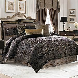Comfortable Bedding by Croscill 174 Couture Selena Reversible Comforter Set Bed