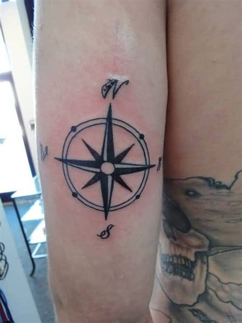 41 stylish compass tattoos for leg