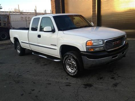 2001 gmc sierra 2500 hd extended cab pricing ratings reviews kelley blue book sell used 2001 gmc sierra 2500 hd slt extended cab pickup 4 door 6 0l ford plow chevy 4x4 in