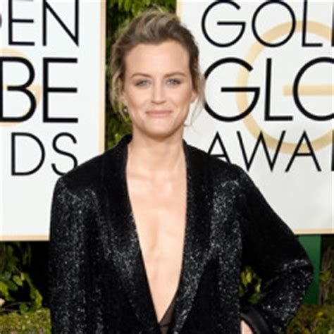 Fashion Go Award by 73rd Annual Golden Globes Carpet Pictures