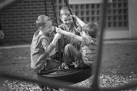 swinging friends free friends swinging together stock photo freeimages com