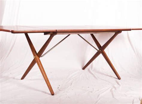 Cross Legged Dining Table At 309 By Hans J Wegner For Cross Legged Dining Table