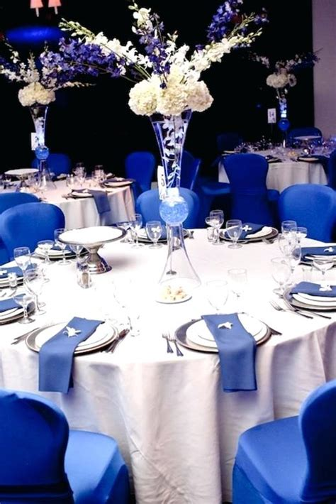 royal blue and white wedding decoration ideas royal blue and white wedding table decorations royal blue