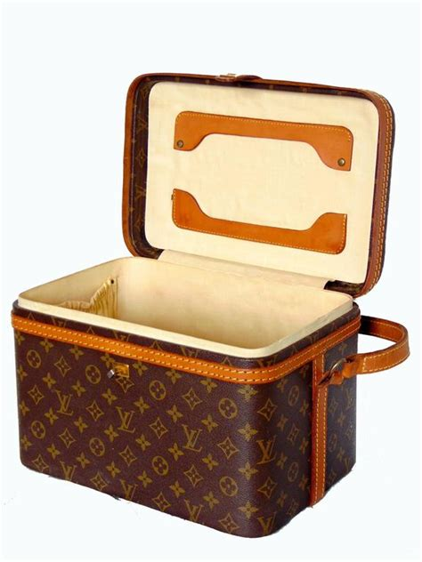 Luggage Vanity by Louis Vuitton Monogram Canvas Travel Bag Vanity
