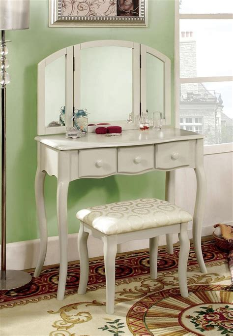 White Makeup Vanity Table Chelsea White Makeup Vanity Table Set Makeup Vanity Tables Pinterest