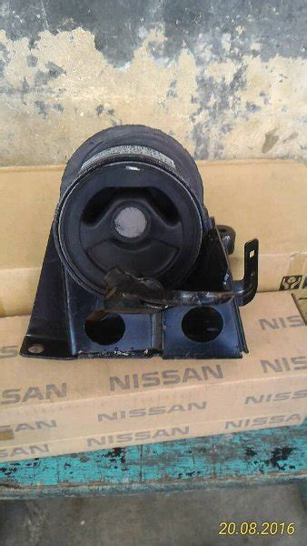 Engine Maunting Nissan X Trail jual engine mounting nissan xtrail t30 oem thailand