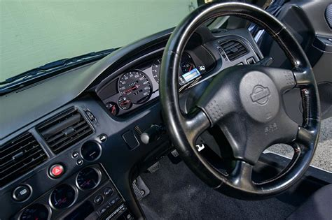 nissan r34 interior nissan skyline r33 gt r review