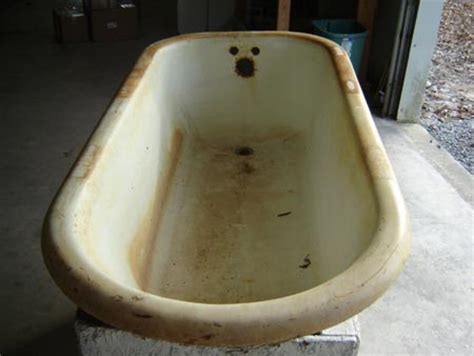 how do you refinish a bathtub cast iron bathtub refinishing 171 bathroom design