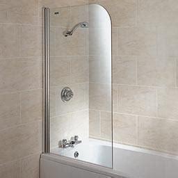 un pare baignoire parfait pour votre salle de bain