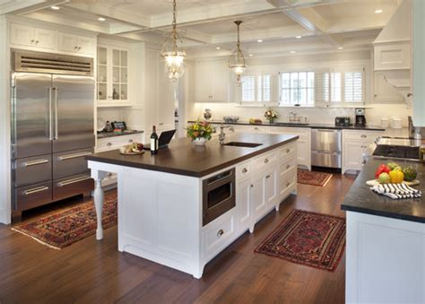 kitchen islands houzz is the island countertop also soapstone or is it a wood