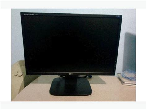 Monitor Lg 19 Inch Second lg flatron l192ws 19 inch widescreen lcd monitor saanich