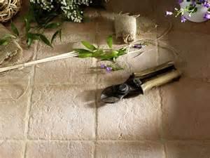 piastrelle x giardino prezzi piastrelle per esterni pavimenti esterno
