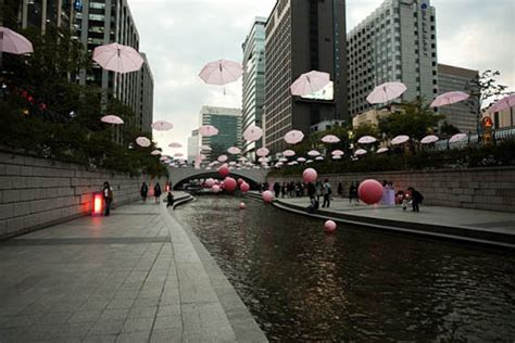 Tiang Lu Jalan Layang kali cheonggyecheon kali bersih yang dulunya kotor my
