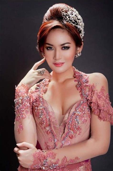 modern indonesian male celebrities sexy actresses and design on pinterest