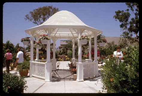 Sam S Club Gardena Ca 16 Foot Octagonal Outdoor Gazebo With Roof At