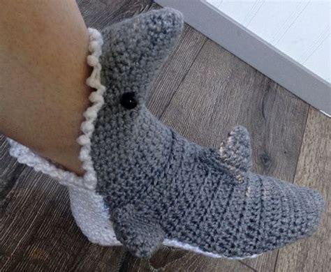 shark slippers crochet pattern mens crochet shark slipper socks free shipping by