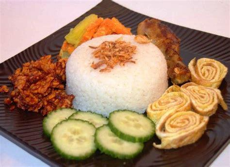 membuat nasi goreng dengan rice cooker cara membuat nasi uduk rice cooker mudah resep harian