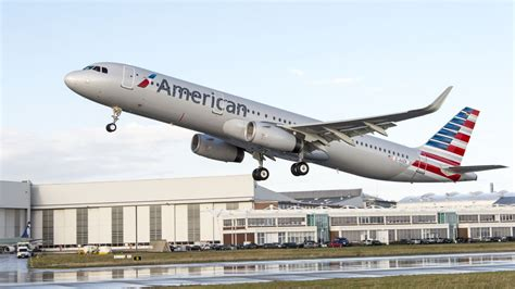 american airlines american airlines accidentally used the wrong plane to fly to hawaii the verge