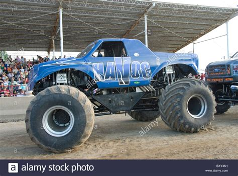 monster truck show today 100 monster trucks crashing videos monster truck