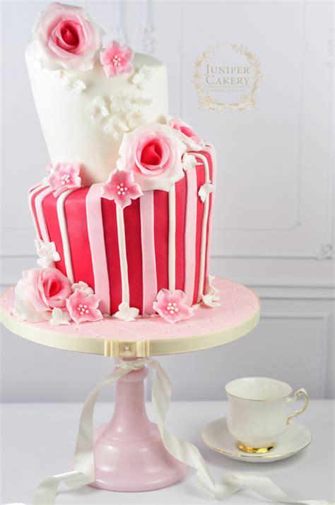 rose garden  stunning rose cake designs