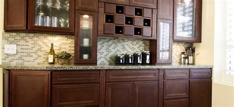 Kingdom Cabinetry :: Products :: Chestnut Maple
