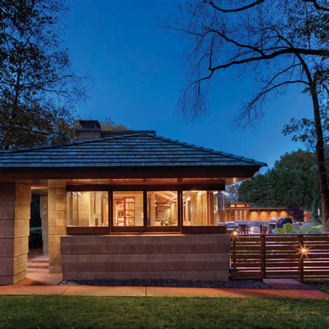 frank lloyd wright s adelman house in wisconsin receives tkwa restores 1940s frank lloyd wright home in wisconsin