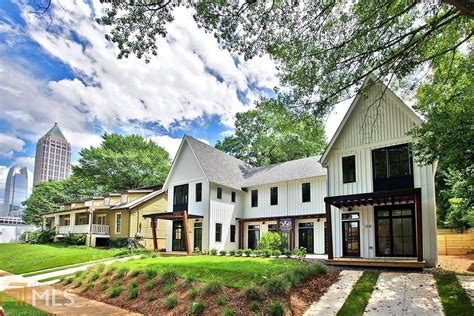 modernes bauernhaus atlanta s modern farmhouse townhome edition pops up in