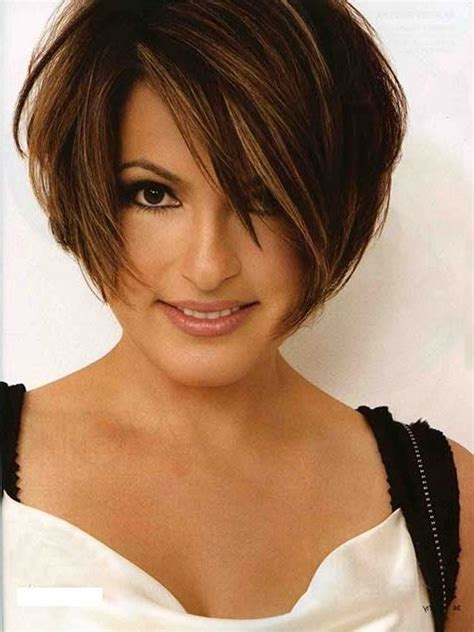 best 25 thick hair bobs ideas on bob best 25 thick hair bobs ideas on thick hair hairstyles thick medium hair and