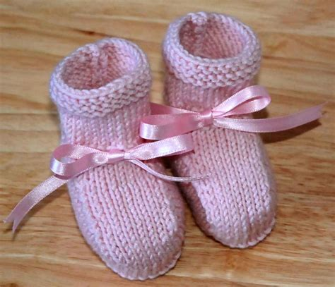 easy baby booties knitting pattern free 14 free easy knitting patterns from craftsy