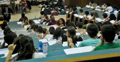 test ingresso economia bologna universit 224 nessuna italiana nella top 150 sei tra il