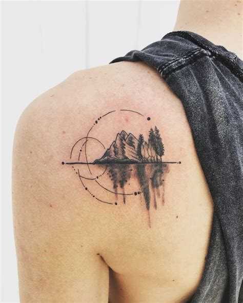 mountain tattoo 25 best ideas about geometric mountain on
