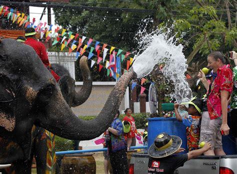 songkran festival thai new year thai new year festival songkran april 13 15 2014 tom s