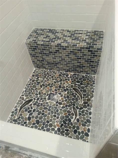 White Pebble Tiles Bathroom by 563 Best Bathroom Pebble Tile And Tile Ideas Images