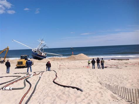 tow boat us nj stuck fishing boat removed from point pleasant beach nj