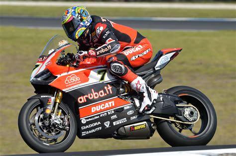 racing biker top 10 race bikes of 2015 visordown