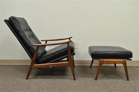 thayer coggin chair and ottoman milo baughman for inc thayer coggin walnut recliner